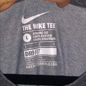 Nike Shirts - Nike t shirt